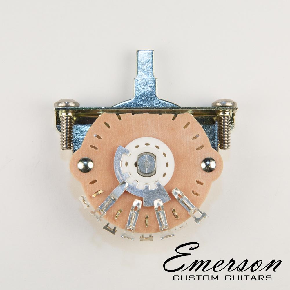 Emerson Custom 3-Way Oak Grigsby Lever Switch