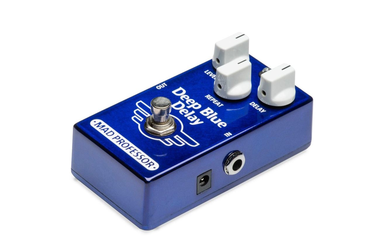 Mad Professor Deep Blue Delay pedal - open box