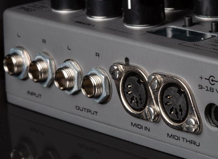 Seymour Duncan Mark Holcomb Signature Dark Sun Digital Delay & Reverb pedal - open box