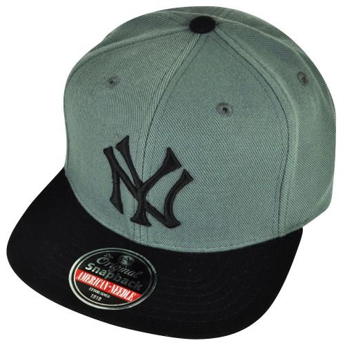 9d37526d569 MLB American Needle New York Yankees Snapback Hat Cap 2Tone Gray Black  Sports