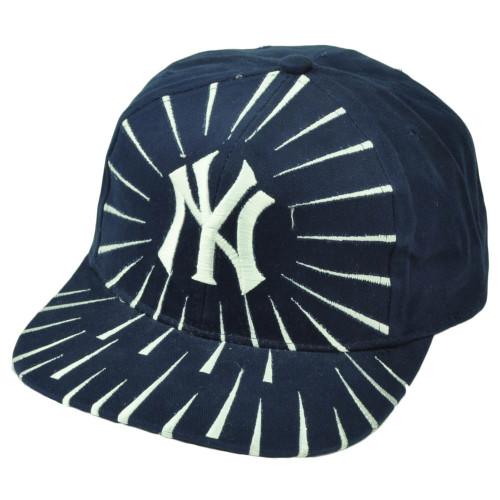 New York Yankees Deadstock Vintage Snapback Hat Cap Baseball Navy Blue Burst