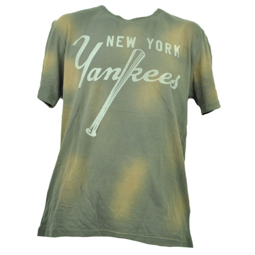 Red Jacket New York Yankees Faded Bleach Medium Tshirt Tee Mens Crew Neck Gray