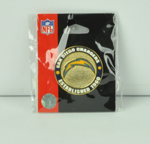 NFL San Diego Chargers Est 1960 Pin Lapel Pendant Collectible Fan Football