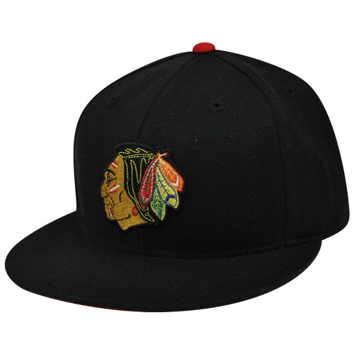 NHL TK14 Mitchell Ness Chicago Blackhawks Flat Bill Fitted 7 5/8 Hockey Hat Cap
