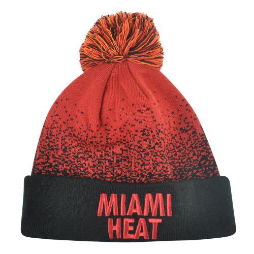 NBA Mitchell Ness Title Knit KM12 Cuffed Pom Pom Beanie Chicago Bulls HWC Skully