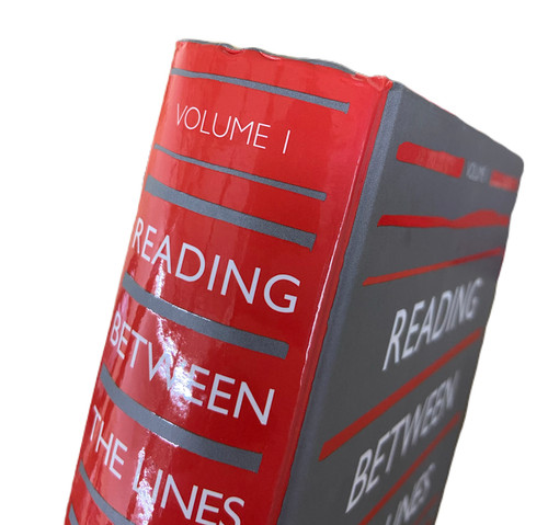 Reading Between the Lines: Volume 1 Bumped and Bruised (slightly damaged) [Hardback]