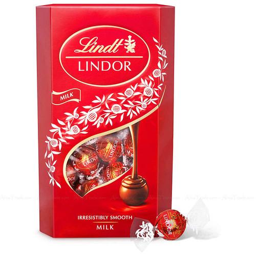 Lindt Lindor Smooth Melting Milk Chocolate Balls Truffles Xmas Gift Pack of 600g