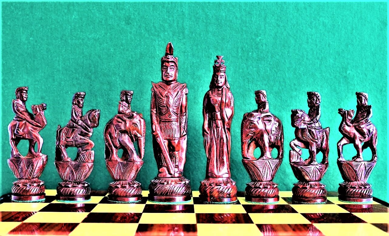 """NEW RELEASE Alexander and King Porus Luxury chess Set with 178mm (7.00"""") King in Red Sandal Wood, Chess Board & FREE Chess Case"""