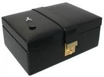 free-gwp-luxury-chess-pieces-storage-carry-case-1-.jpg