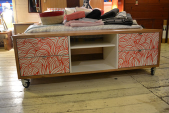 Hifi cube, Crazy ash with white interior and screenprint drawers