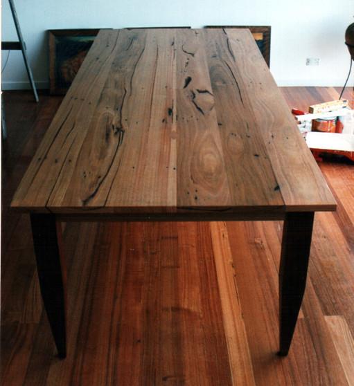 Crazy Ash table