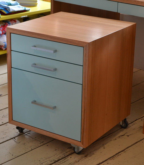 Drawer cube, filing cabinet in Victorian ash with Telecaster Blue drawers