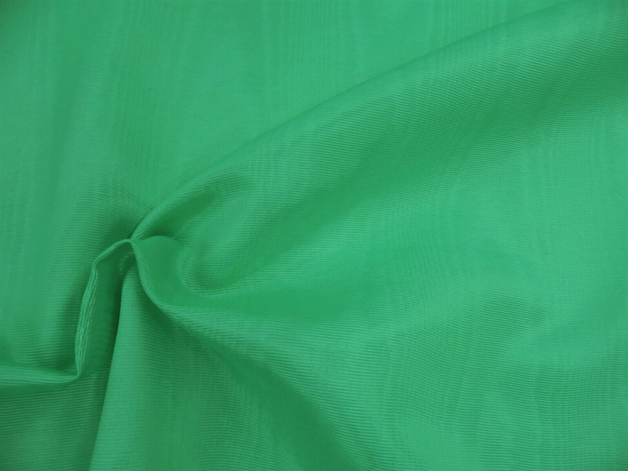 Discount Fabric Moire` Bengaline Faille Bright Jade Green SS311