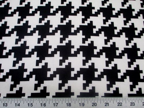 Discount Fabric Printed Spandex Stretch Black White Large Hounds Tooth C401