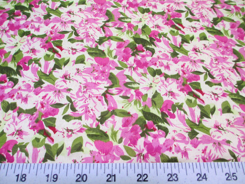 Discount Fabric Quilting Cotton Lavender and Green Floral K307