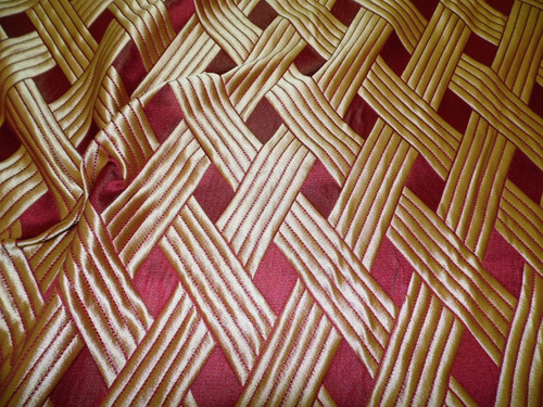 Fabric Robert Allen Beacon Hill Soubrette Garnet Gold Lattice Silk Drapery *J18