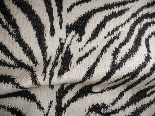 Robert Allen Beacon Hill Fabric Zebra Black White Linen Upholstery II17