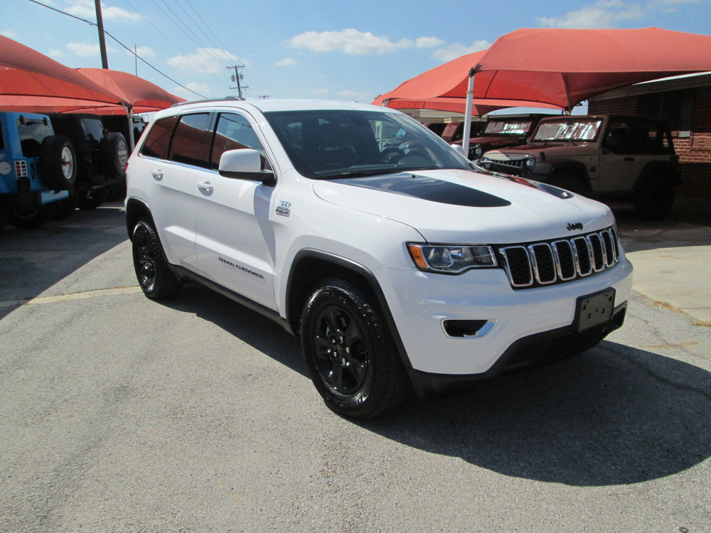 Black Jeep Cherokee >> Sold 2017 Jeep Grand Cherokee Laredo Black Mountain Edition Stock