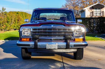 SOLD 1987 Jeep Grand Wagoneer stock# 081374