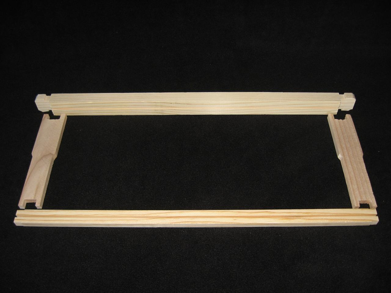 "6-1/4"" Unassembled Honey Super Frames - Grooved Top Bar"