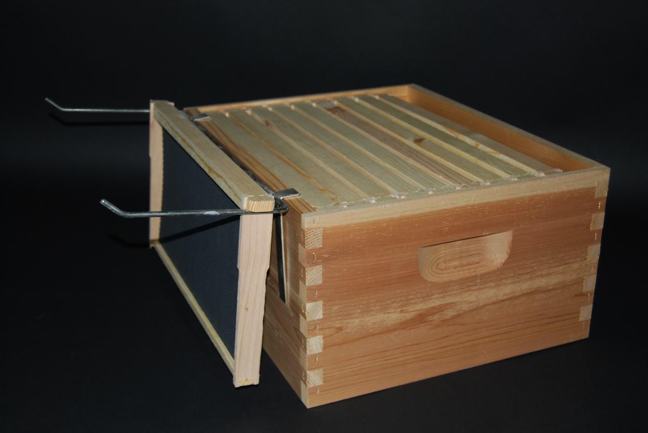 Handy Bee Hive Frame Perch