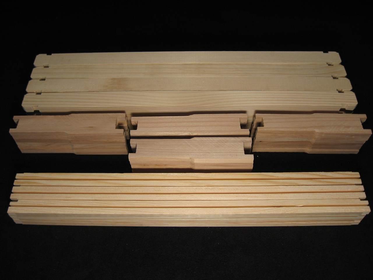 "6-1/4"" Unassembled Honey Super Frames - Wedge Top Bar"