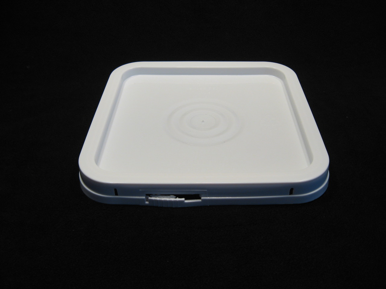 4 Gallon Square White Food Grade Plastic Lids
