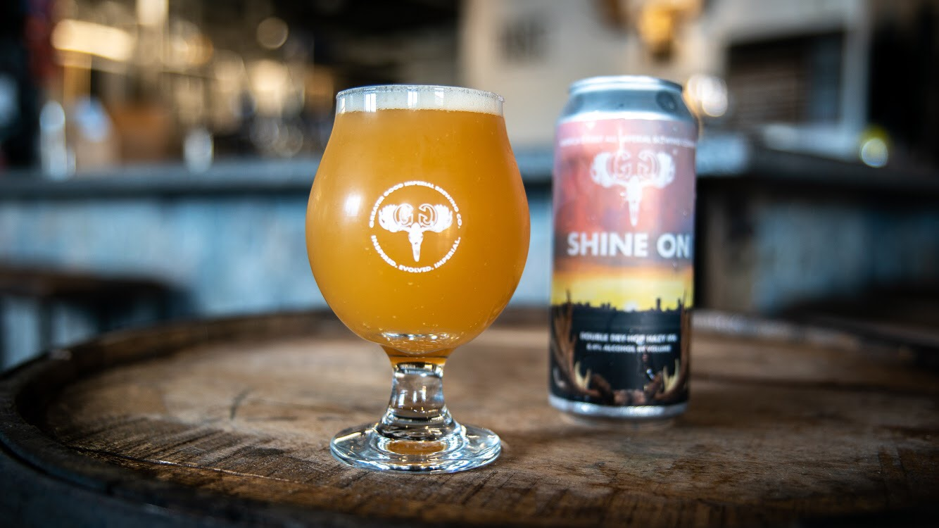 shine-on-can-pour.jpg