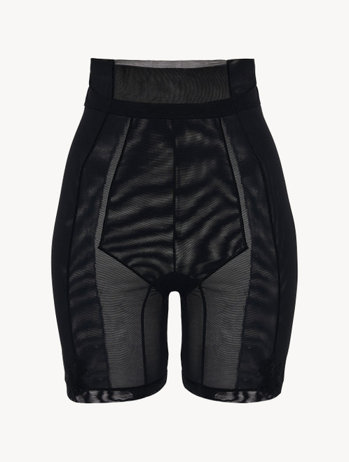 Shorts in black stretch tulle