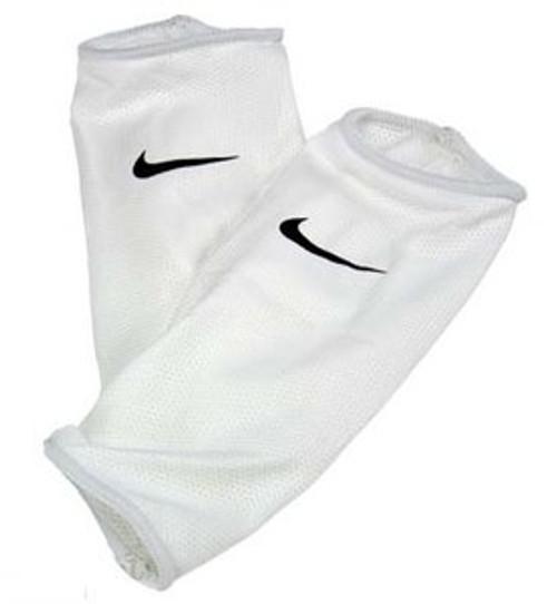 Nike Guard Lock Sleeves - White/Black