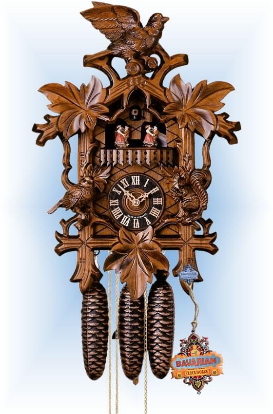 Hones   8633-4tnu   17''H   Squirel and Leaf   Traditional   cuckoo clock   full view