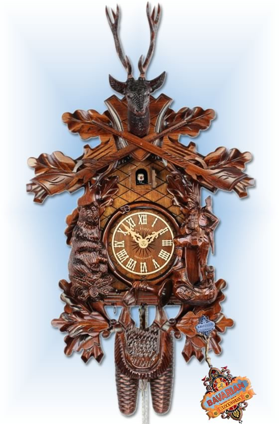 Adolf Herr |474-1-8T | 23''H | The Bear Hunter | Traditional | cuckoo clock | full view