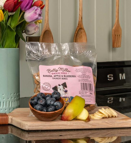 Betty Miller Banana, Apple & Blueberry Bones 400g