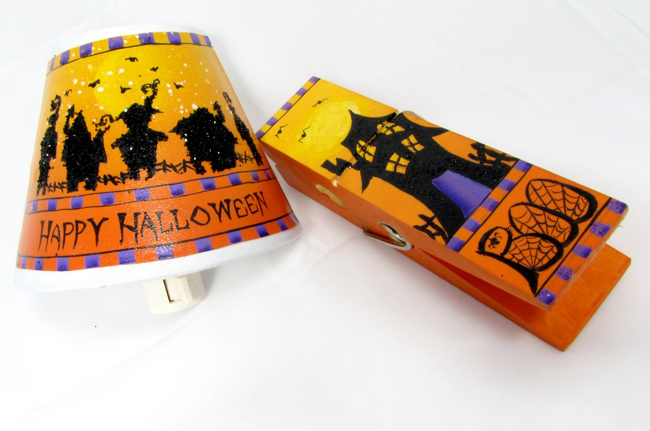 Halloween Night Light with Boo Clip packet - Patricia Rawlinson