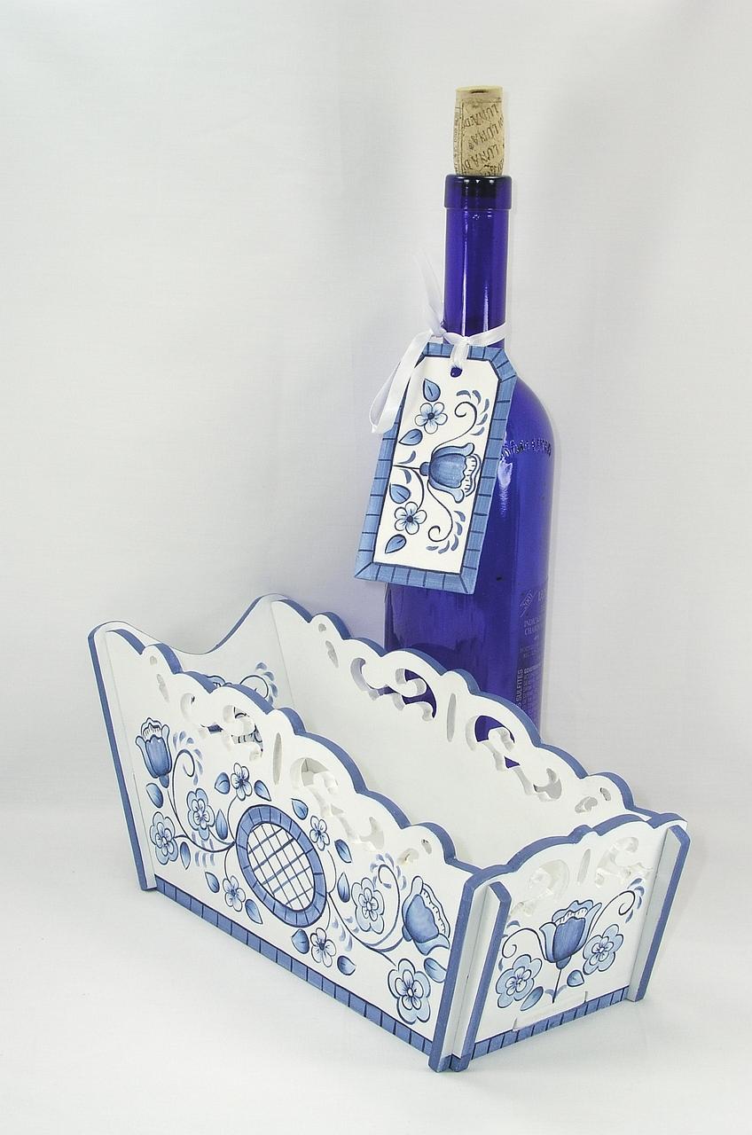 Blue Delft Floral Wine Basket & Gift Tag - E-Packet - Jeanne Bobish