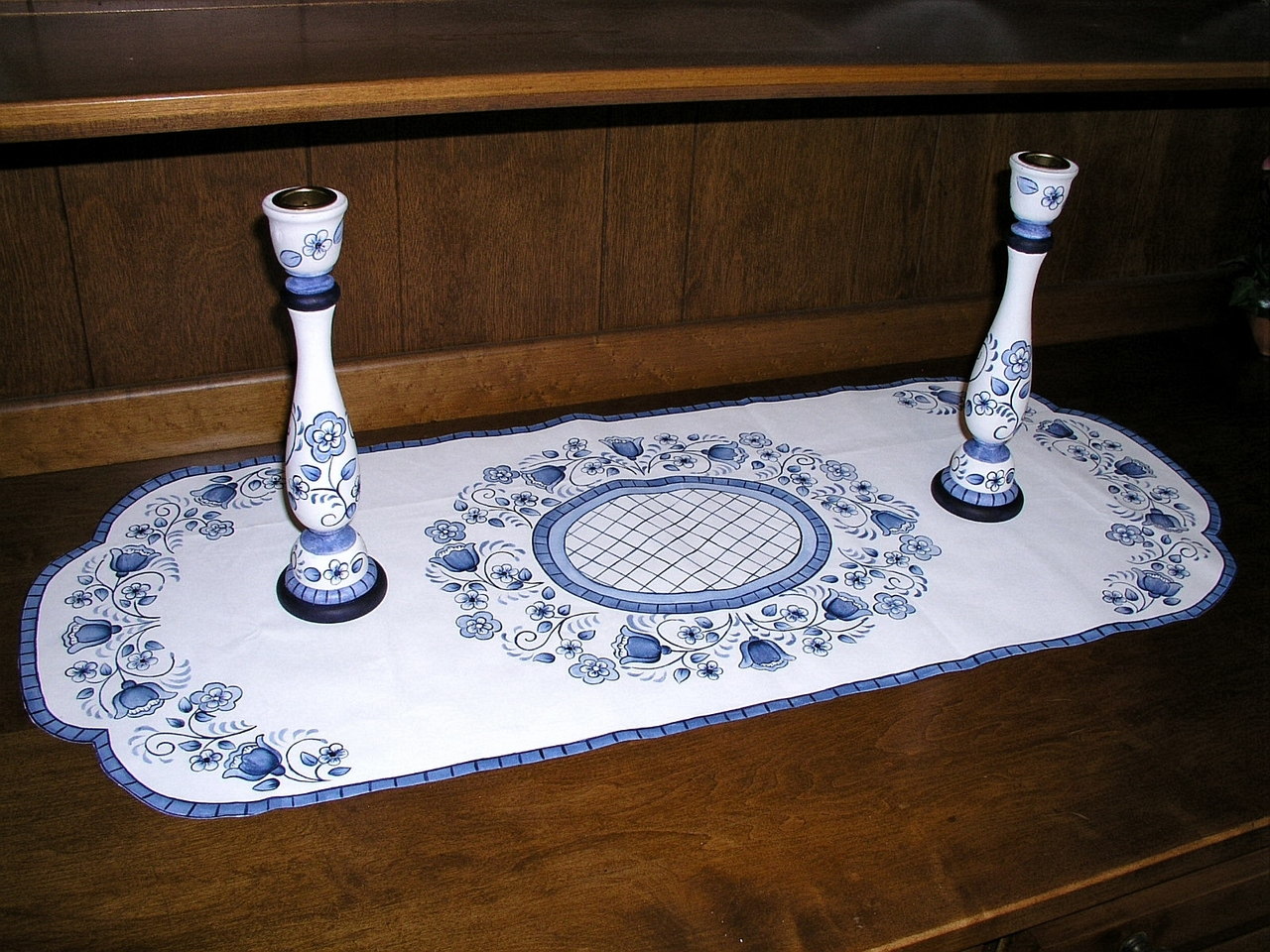 Blue Delft Floral Table Runner and Candlesticks - E-Packet - Jeanne Bobish