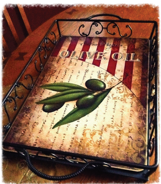 Vintage Olive Oil Tray - E-Packet - Tracy Moreau