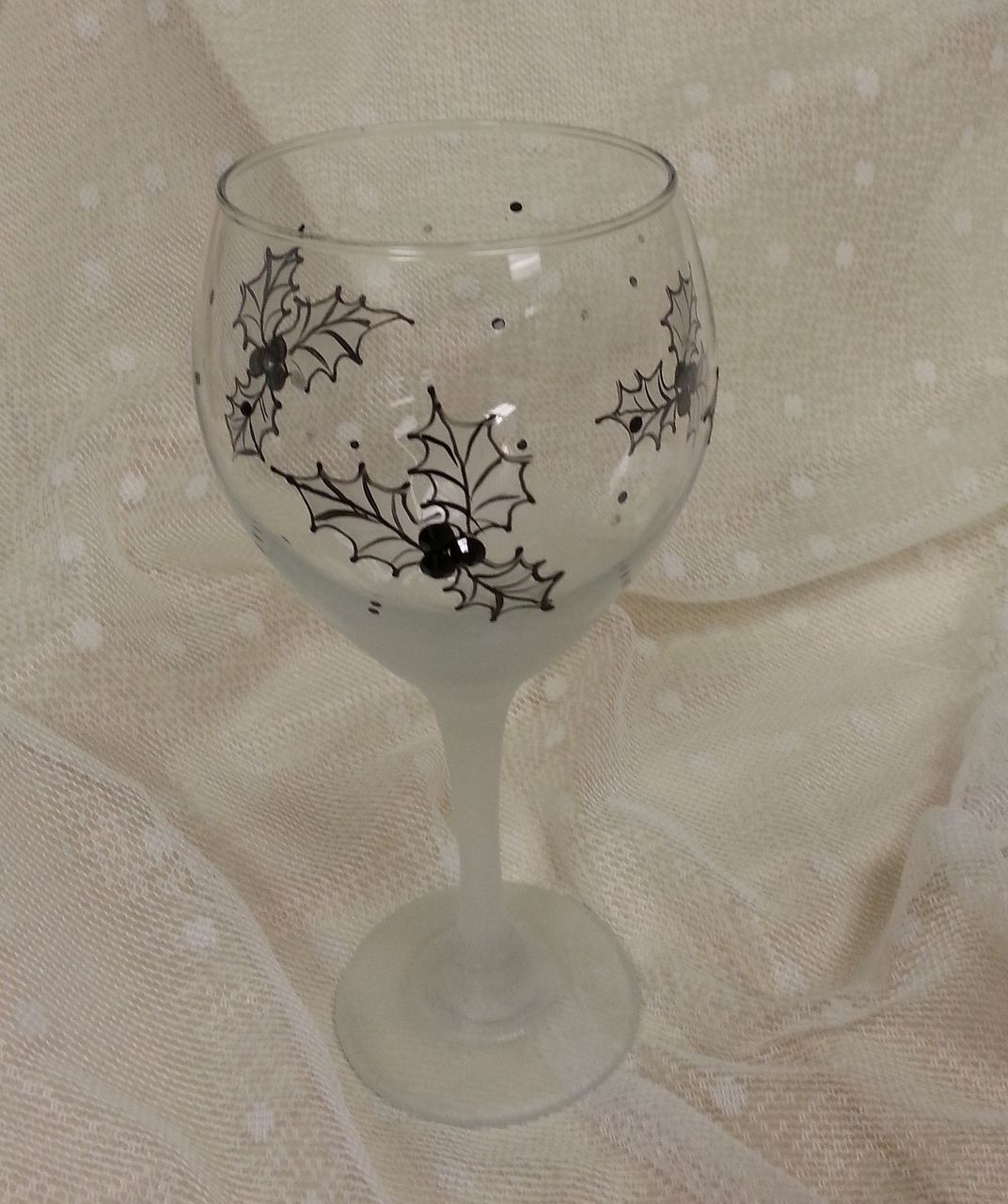 Frosted Holly Wine Glasses - E-Packet - Wendy Fahey