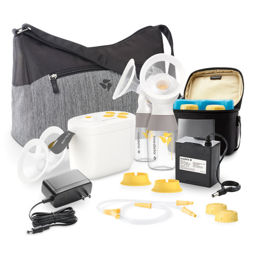 Medela Pump In Style MaxFlow Breastpump With Tote Bag and Accessories