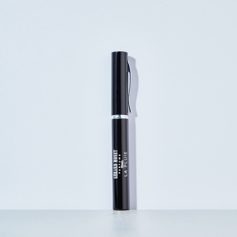 The pen atomizer by Gerard Monet can go anywhere you go! Lightweight, classy, and refillable.