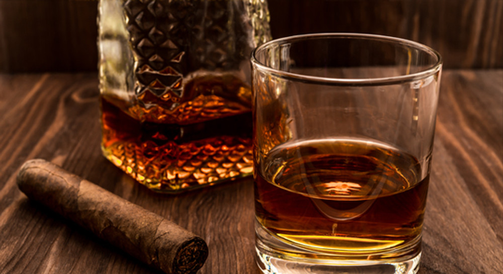 The Secret to Pairing the Perfect Scotch with the Perfect Cigar