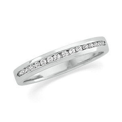 Ladies  PLATINUM  1/6cttw Round Brilliant Diamond Channel Band
