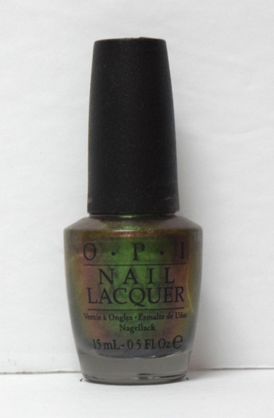 OPI NL C18 - Green On The Runway