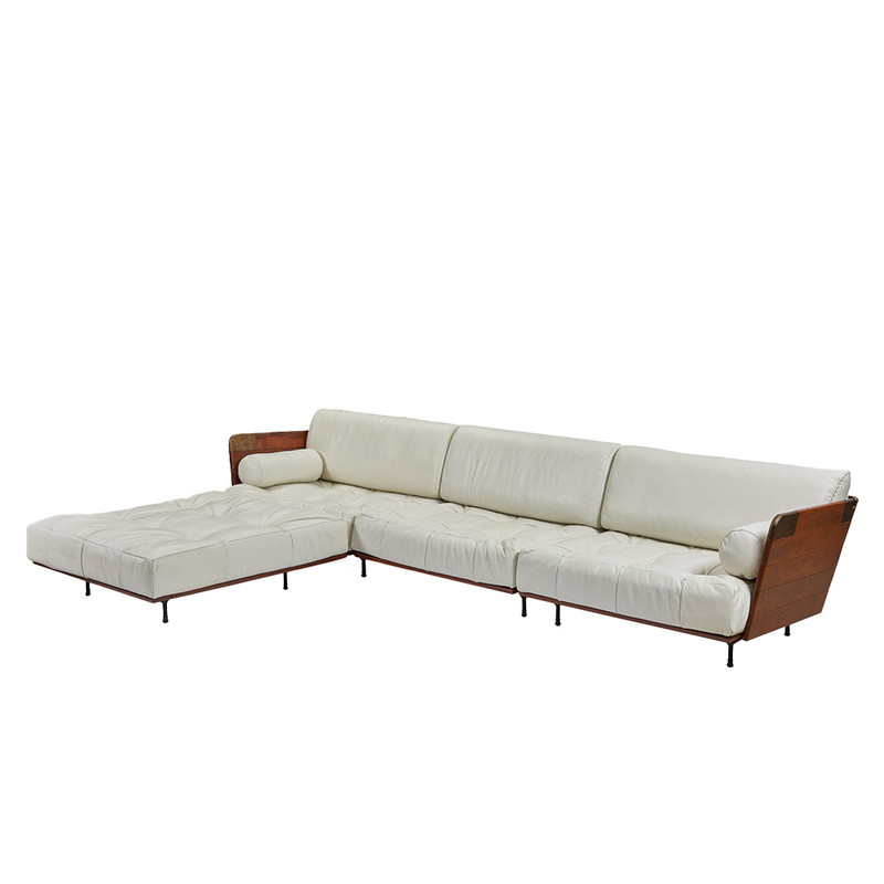 When it comes to the Cosmopolitan Sofa, no compromises have been made on luxury or comfort. This sectional sofa has a deep seat base for total relaxation. Available in a selection of Italian leathers, the Cosmopolitan sectional comprises of a left, right and centre chair and when an ottoman is added, this makes a luxuriant L-shaped setting. 3/4. White