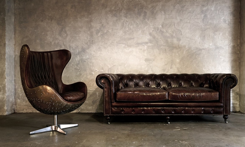 Hampshire Court Vintage Leather Chesterfield Sofa 3 Seater - add classic luxury with this vintage leather three seat chesterfield sofa. Comfort and vintage style combine to add character to your favourite space.  Rear view.