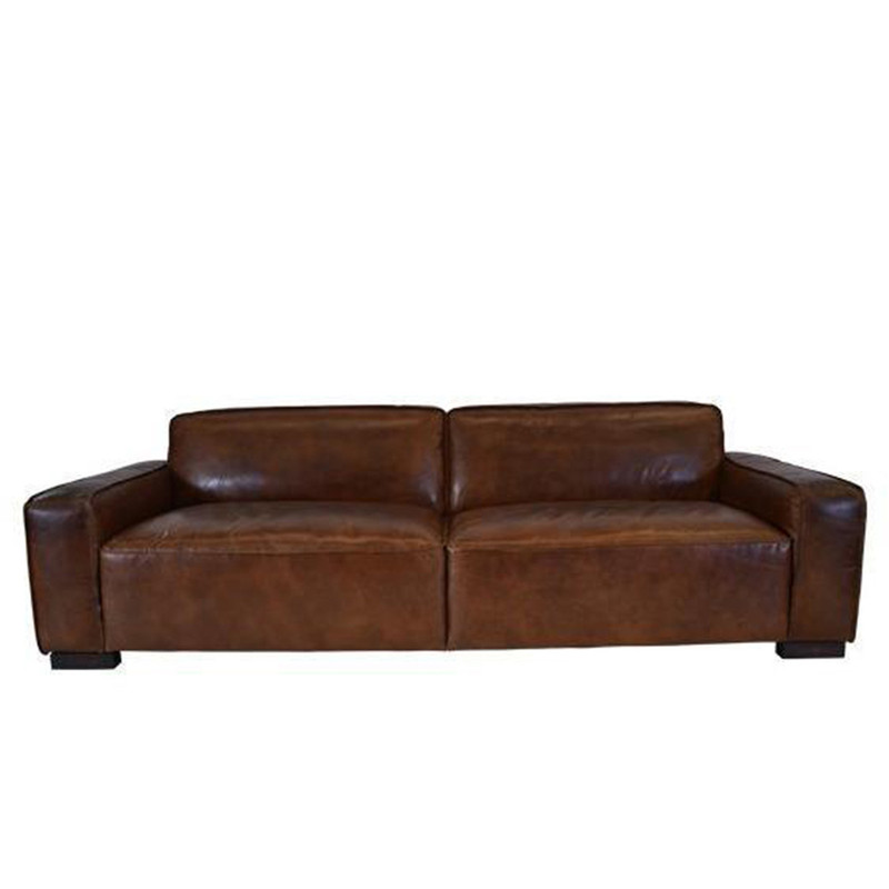The Surry 3.5 seater sofa is upholstered in our signature aged leather and features a strong contemporary design to compliment your lounge, office or library. Front