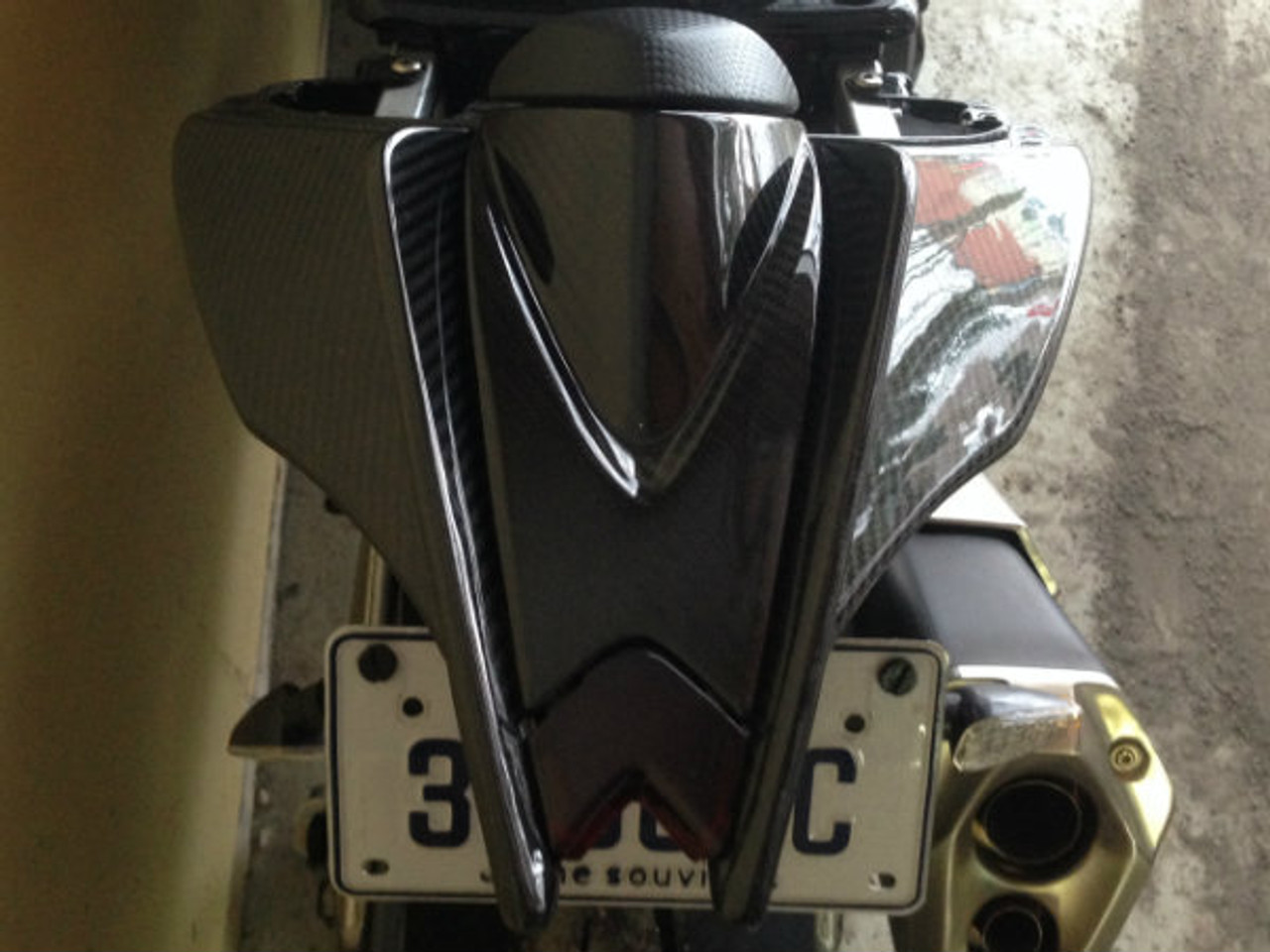 Glossy Twill Weave Carbon Fiber Tail Fairings for Aprilia RSV4 2009+ installed top view