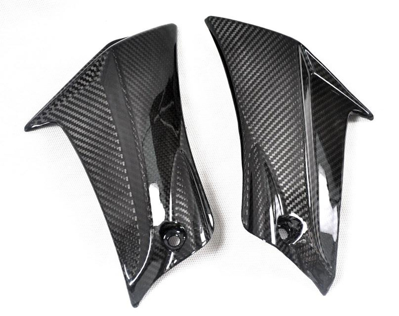 Glossy Twill Weave Carbon Fiber Knee Side Fairings for Suzuki GSXR 600, GSXR 750  2011-2019