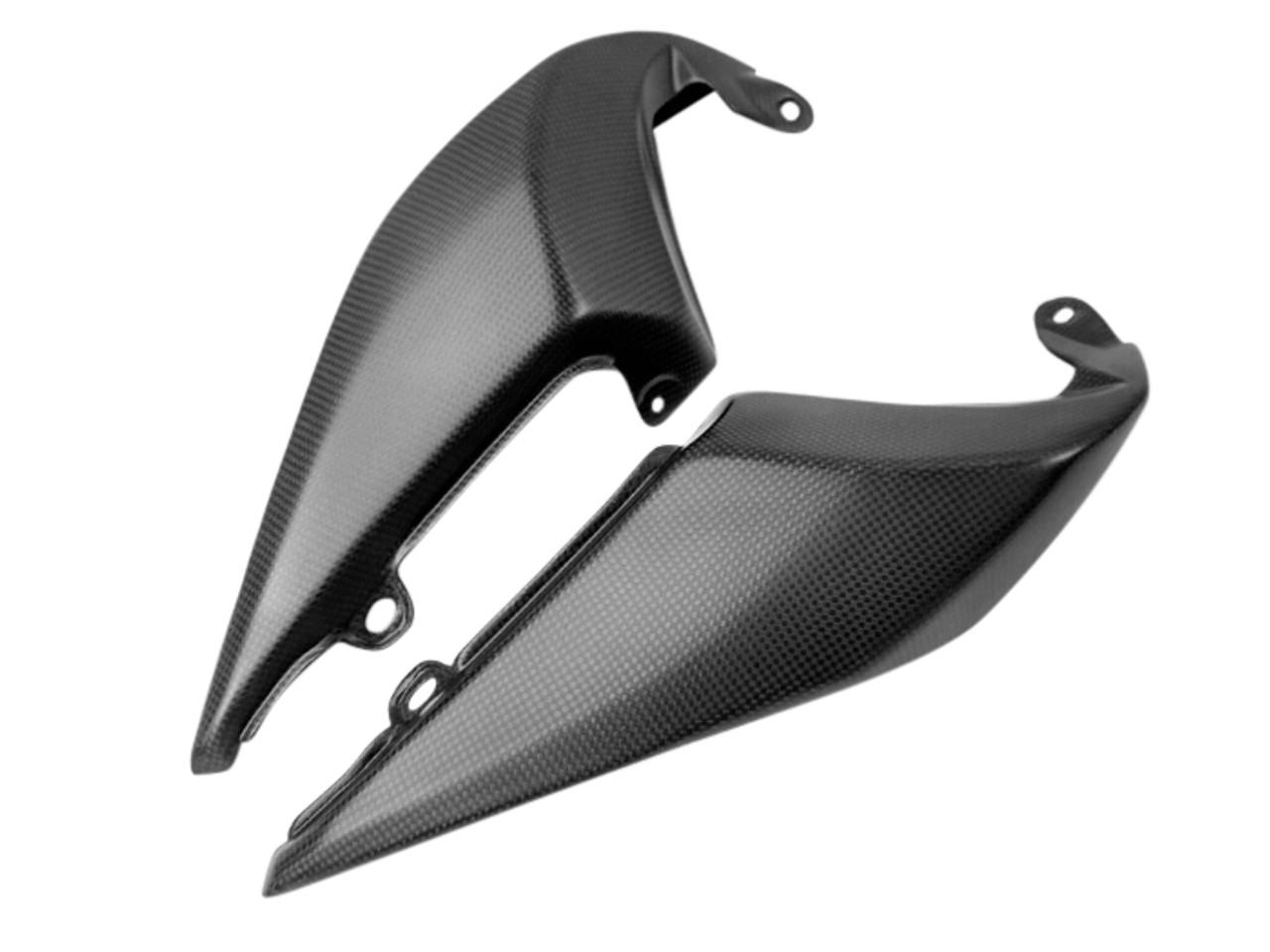 Tail Side Fairings in Matte Plain Weave Carbon Fiber for Triumph Speed Triple 1050R 2016+