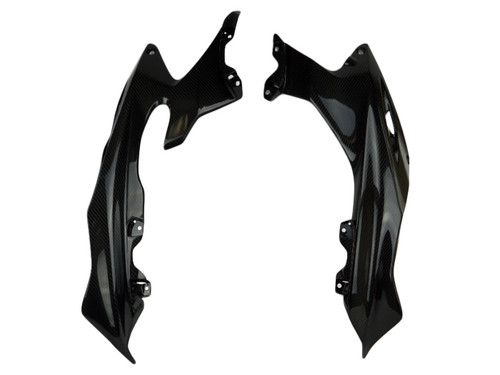 Upper Side Fairings in Glossy Twill Weave Carbon Fiber for Yamaha R6 2017+